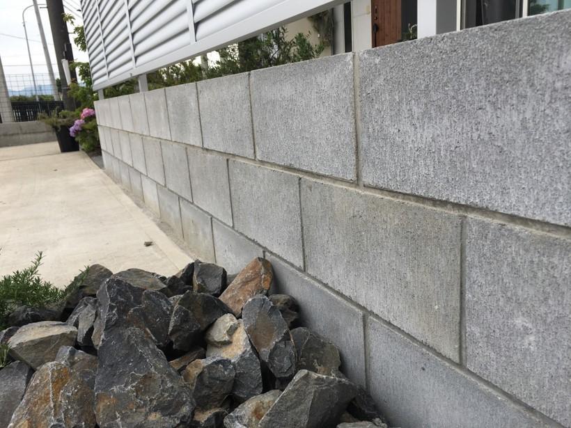 方 コンクリート ブロック 積み